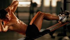 如何练腹肌