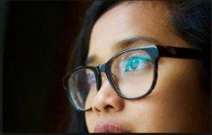 如何延缓眼睛老化? 维生素和矿物质的帮助